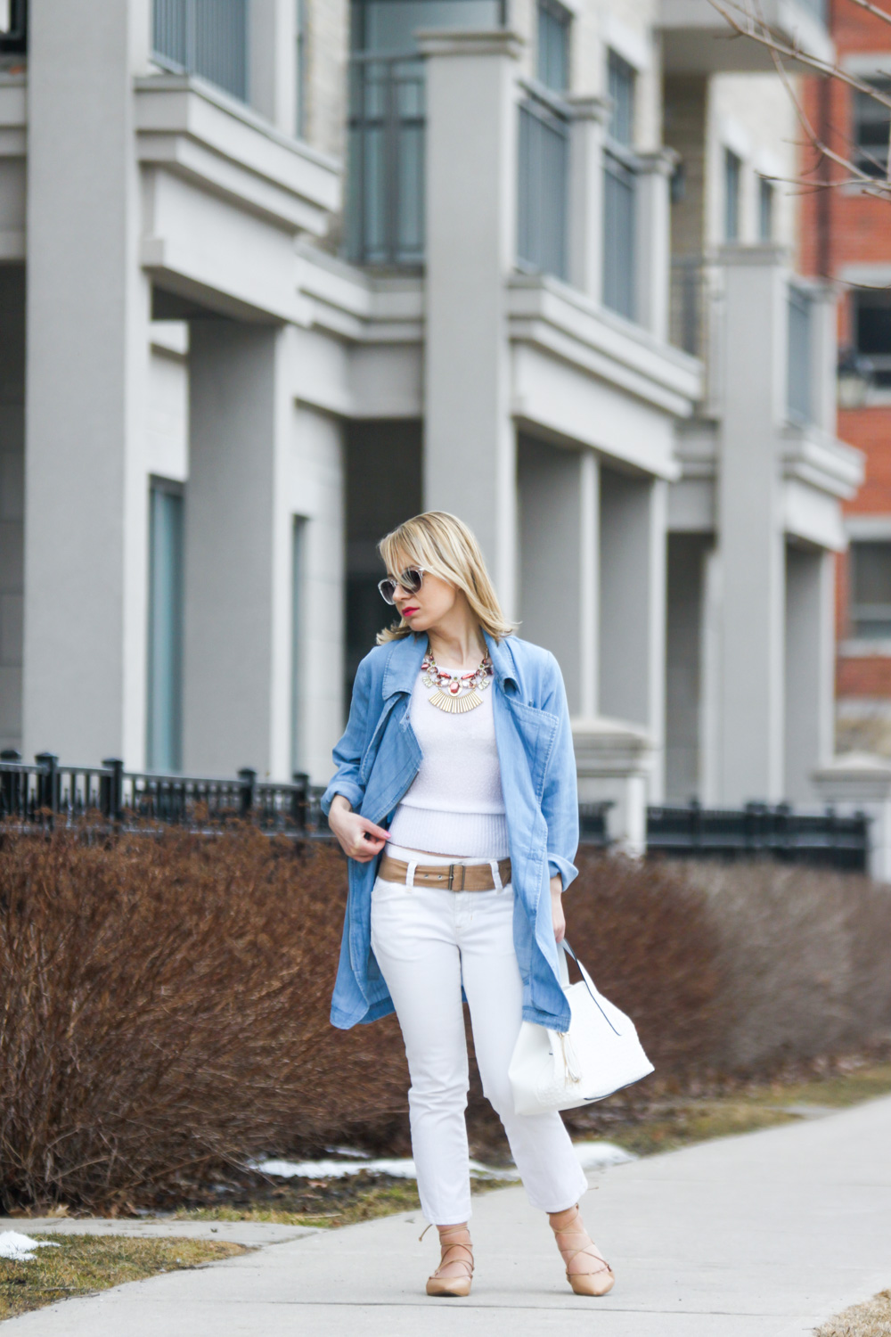 spring trends chambray waterfall jacket with cropped jeans and lace up ballet flats