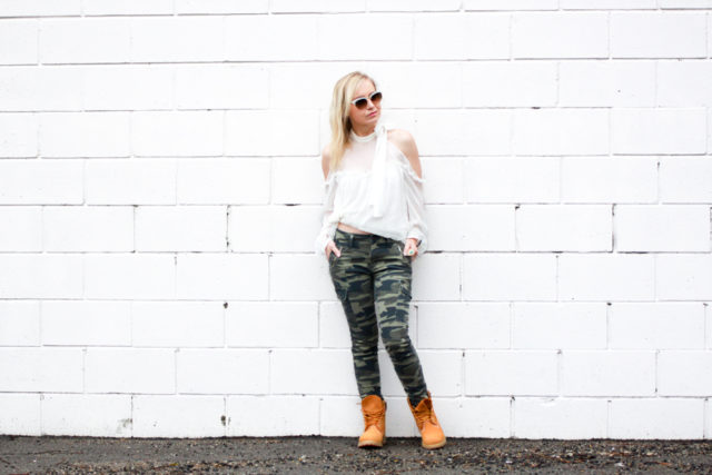 cold shoulder blouse with Mavi camo jeans and Timberland boots