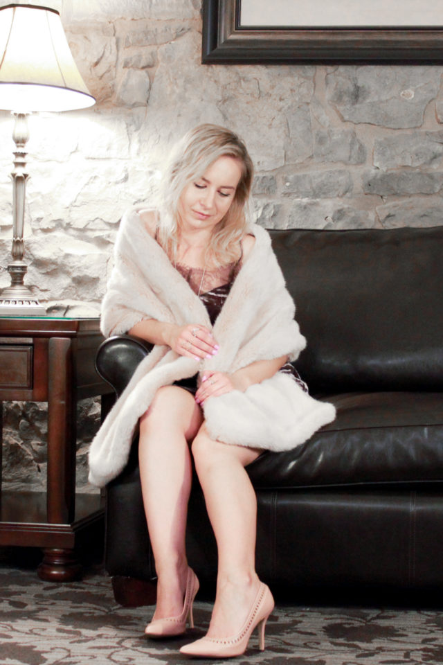 velvet new years eve dress with blush pink faux fur stole
