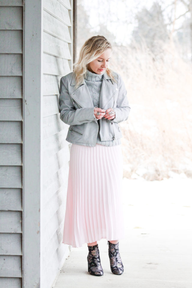 Why Cute Maxi Skirts Are Great for Winter Wear